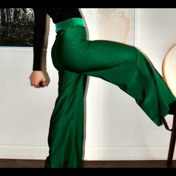 LeoNora Satin Lush Green Pants